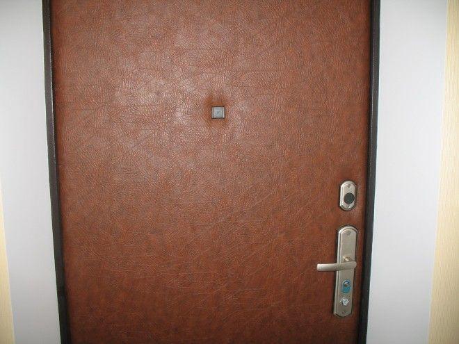 Как обить дверь дермантином