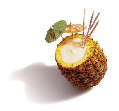 Как пить коктейль