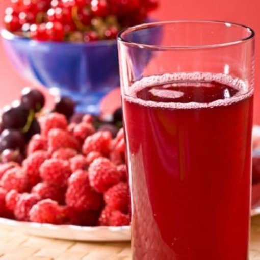 Как сварить правильный ягодный компот