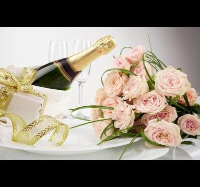 Как украсить бутылку шампанского