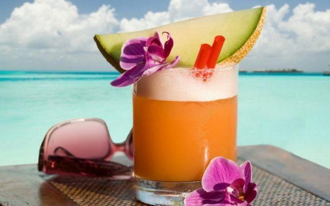 Лучшие летние напитки: чаи для здоровья и настроения!